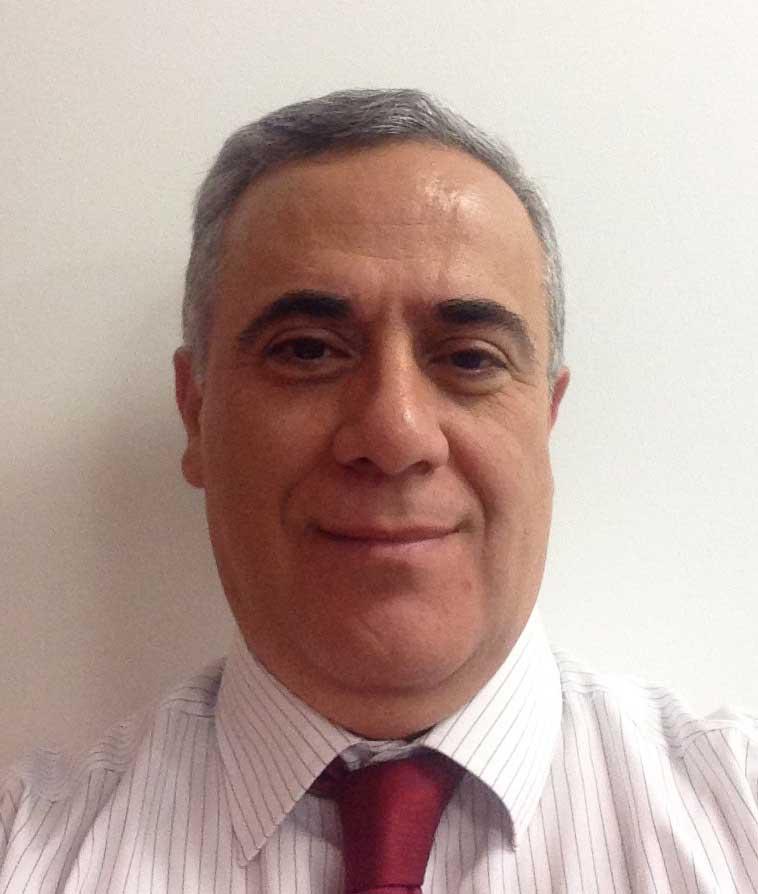 Şunun resmi: Ahmet Bıyıkoğlu
